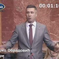 Бошко Обрадовић: Људи, не плашите се, Вучић је обичан човек (видео)