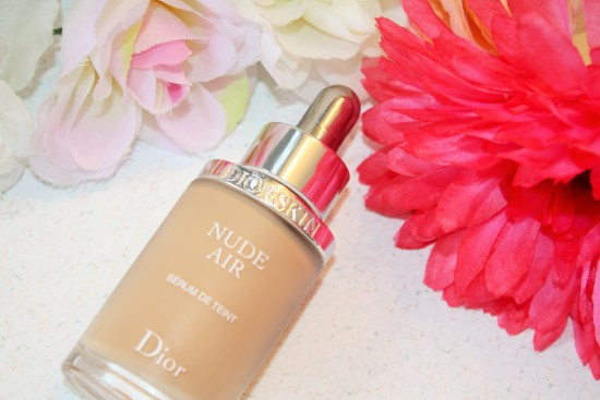 Dior-Diorskin Nude Air Serum De Teint Review002