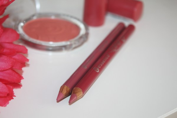 Essence Lip Liners in Cute Pink-Wish Me A Rose-Brand Overview-Essence Cosmetics003