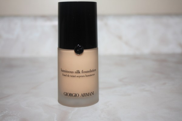 Giorgio Armani Luminous Silk Foundation Review002