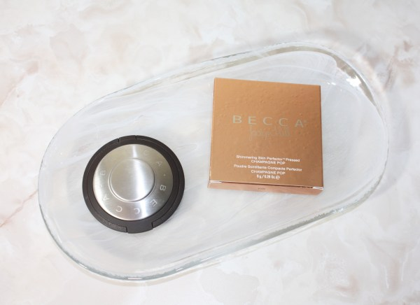 becca-jaclynhill-champagnepop-review-swatch-005