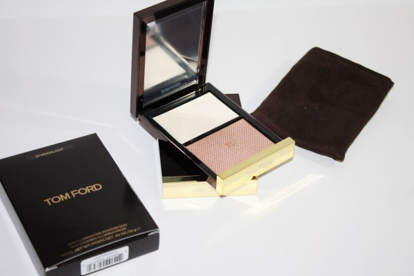tom-ford-skin-illuminating-powder-duo-moodlight-review-swatches-tomford_moodlight001
