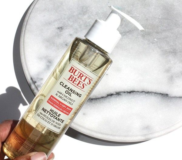 The Affordable Drugstore Cleansing Oil-Burt's Bees Cleansing Oil-000