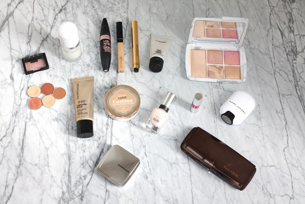 FOR DAYS YOU DON'T WANT TO WEAR A LOT OF MAKEUP