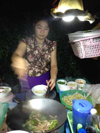 Late night Pad Thai in Pai