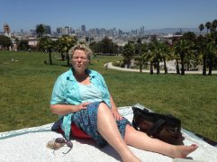 picnic in Dolores Park. We did a lot of picnics in SF - the only way to manage on $50/day as we're doing.