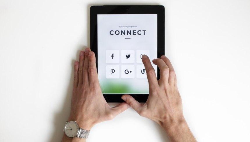 Bisnis Baru Dibikin: Baiknya Jualan Pakai SEO atau Instagram?