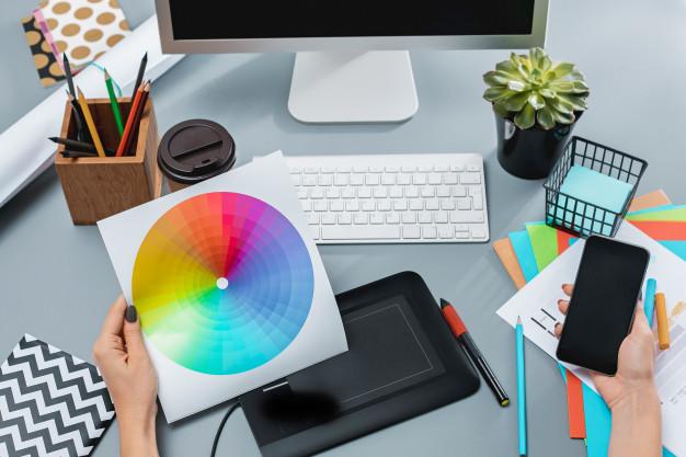 pemilihan warna pada desain grafis
