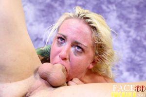 Face Fucking Marilyn Moore