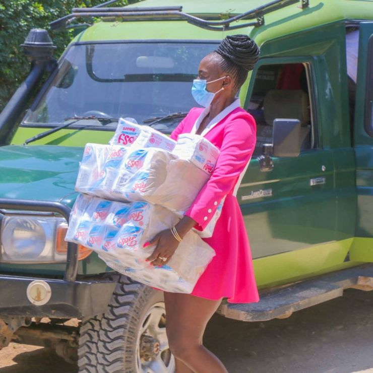 Akothee doing charity during Covid-19 pandemic