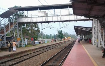 train stoppages in india_factly.in