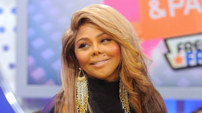 Lil Kim Reportedly Owes 126000 In Taxes To The IRS