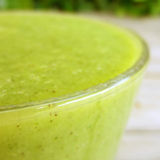 batido de kiwi, pera y Brócoli