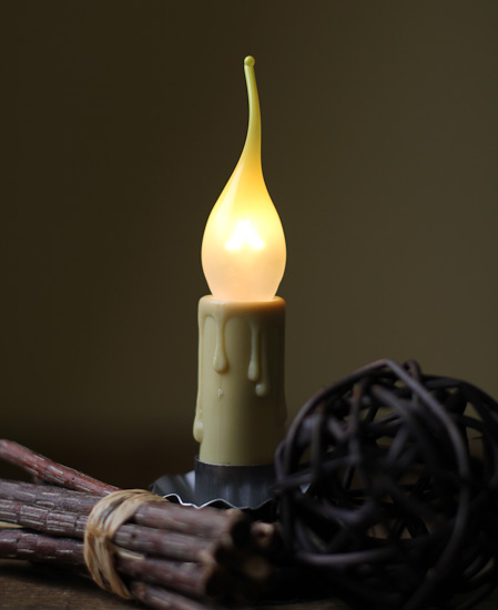 Flickering Flame Light Bulb