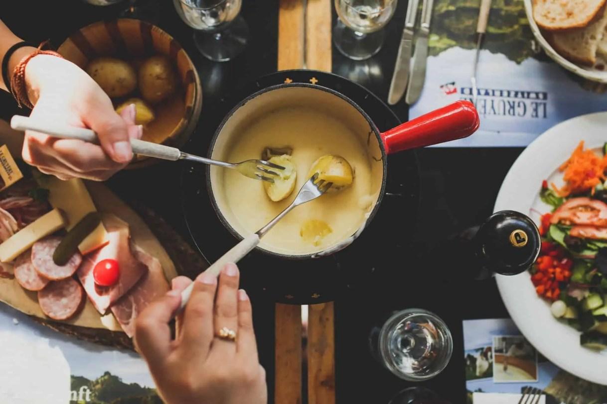Gruyère cheese, Cheese fondue