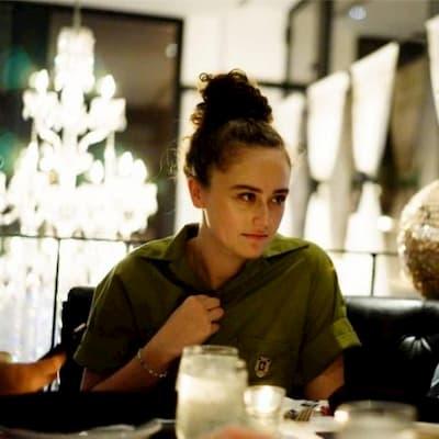 Ella Emhoff (Kamala Harris Daughter) Bio, Wiki, Age ...