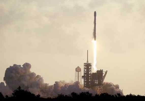 SpaceX launches top-secret spy satellite for U.S. government