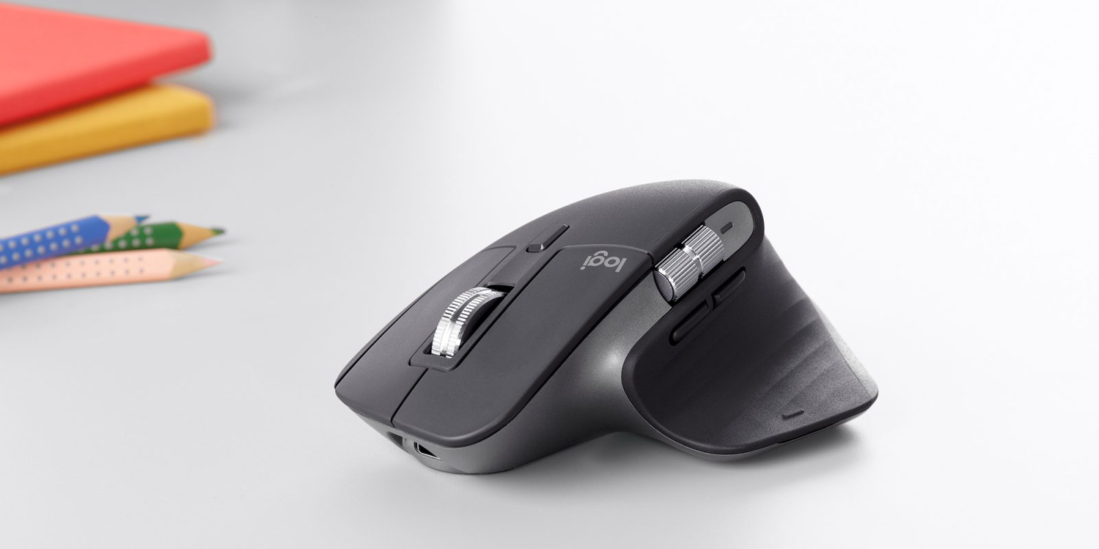Logitech MX Master 3 Review - A Mouse with Futuristic