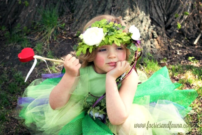 fairy crown, fairy costume, fairy costume for little girls, fairy crown for little girls, little girl diy crown, diy fairy crown, diy floral headband, flower girl headband,