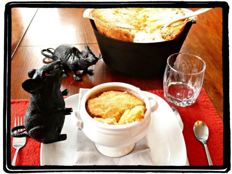 Chili, Corn bread, Halloween, Recipe