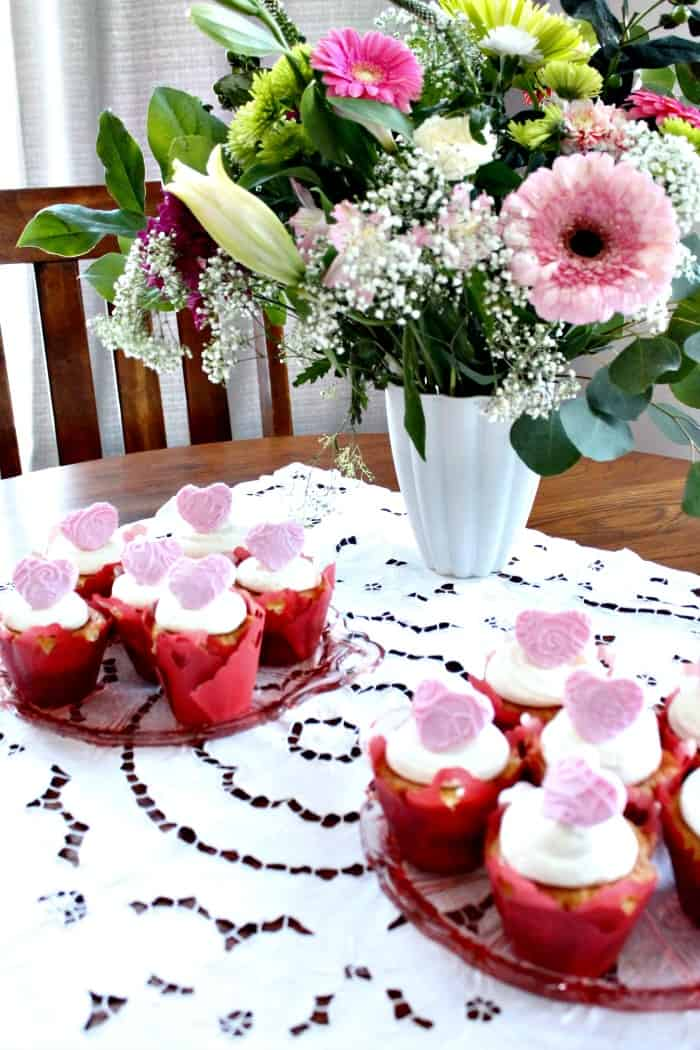 cupcake, baking recipes, Valentine Cupcake Recipes, Valentine Cupcakes, valentine's day cupcakes, valentines desserts, desserts for valentines, valentine's day recipes