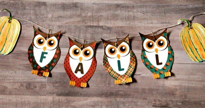 Easy to do printable, a paper autumn banner for fall with owls and pumpkins. Free Printable Banners, printable fall decoration, Fall Banner,,printable banner