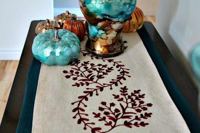 Fall themed decorations, easy fall decorations, fall room decor, fall decoration ideas,room decor for fall.