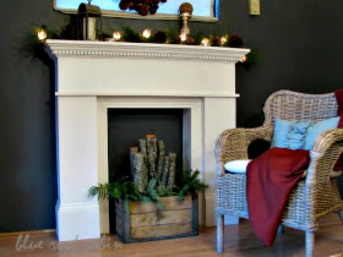 How to make a faux fireplace for fall or Christmas decorating