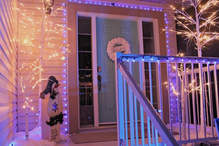 homemade outdoor christmas decorations, exterior christmas decorating ideas, christmas entrance decoration ideas,