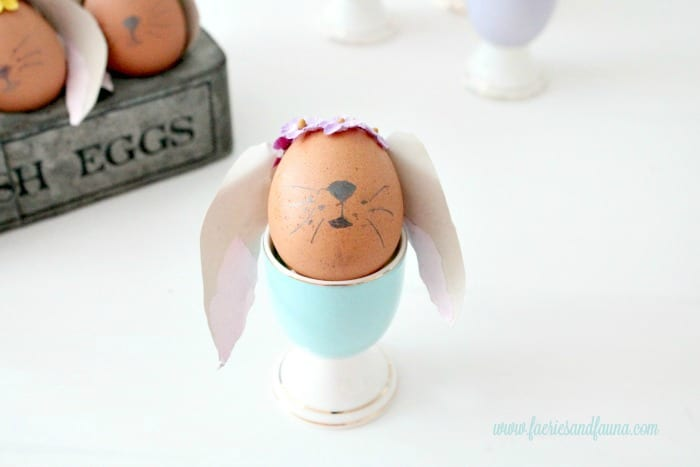 Easter Bunny Eggs, DIY Easter Eggs, how to decorate eggs, Easter egg ideas, Easter eggs, Easter egg decorating