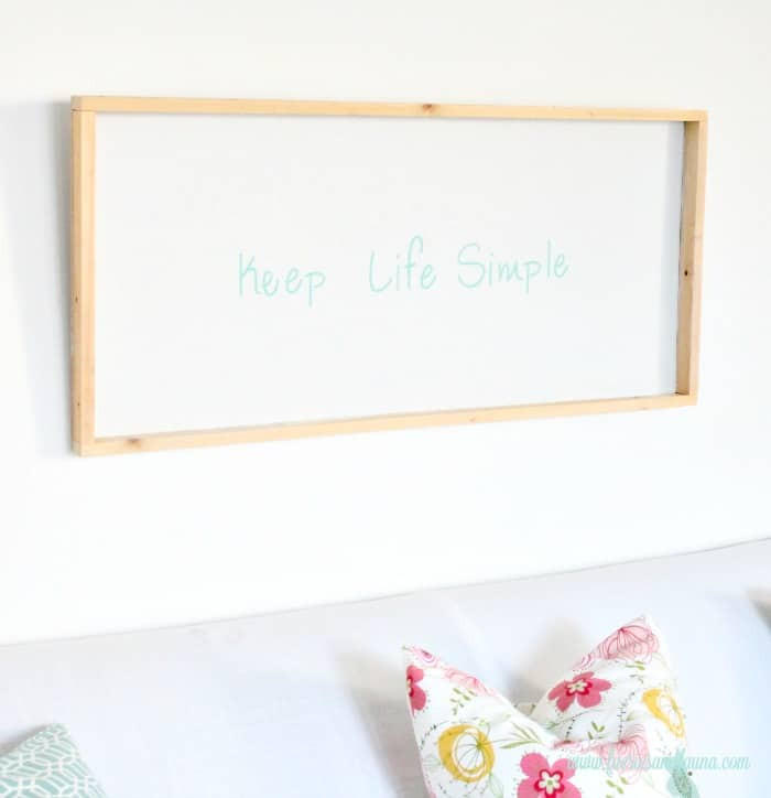 Keep Life Simple DIY sign with turquoise letters, white background, and natural wood frame. Keep life simple sign,  DIY signs,  DIY wood sign making,  DIY painted signs, DIY home decor signs, DIY summer decor