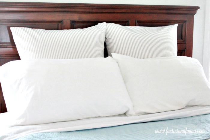 European Sized DIY Pillow insert and DIY Cushion Cover. Cushion making, DIY cushion covers, DIYpillow, making pillow covers, cushion cover making, sewing pillow covers, envelope cover, DIY Cushion Covers