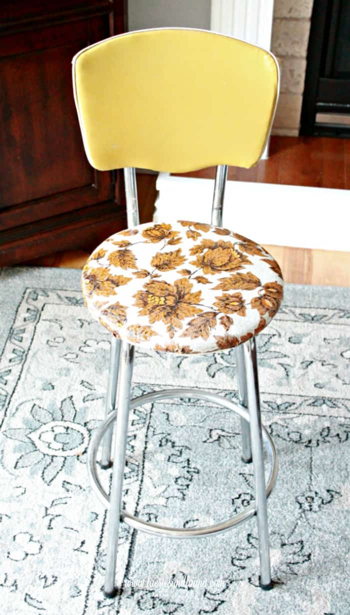 A vintage metal stool in need of repair. How to fix a vintage stool, repairing a vintage stool, upcycled furniture, furniture for cheap, craft room makeover projects