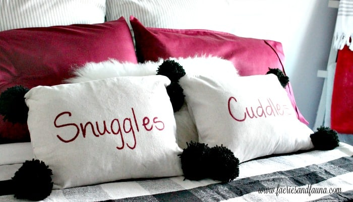 Adorably cute DIY pillows for Christmas