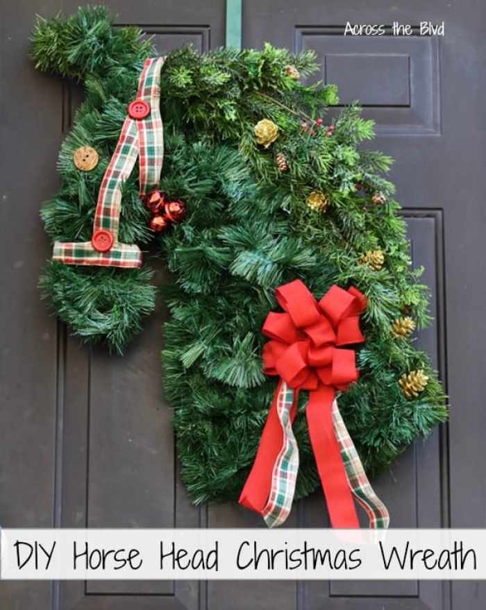 Waste Not Wednesday feature Christmas wreath