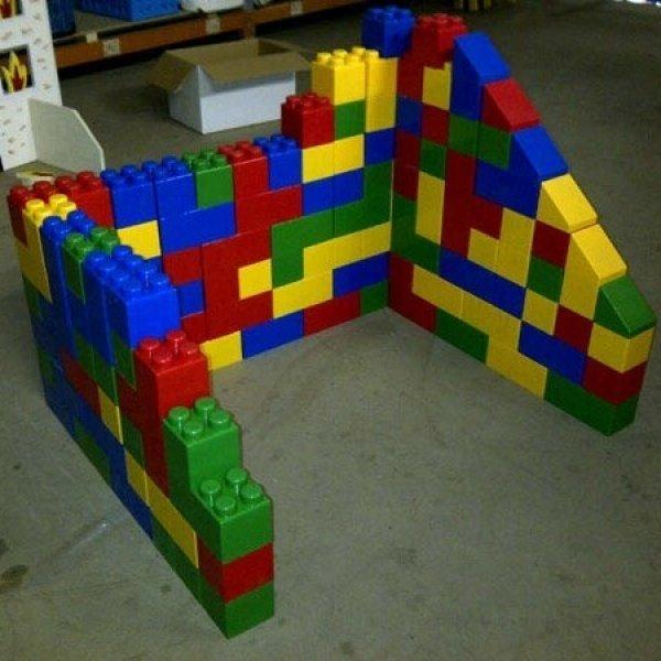 Teambuilding reuze Lego blokken