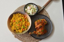 NANDOS INSPIRED GRILLED CHICKEN, RICE & COLESLAW