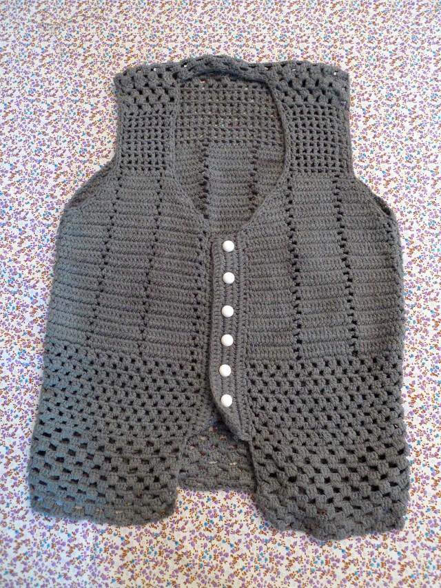 Gilet-tricot-gris-