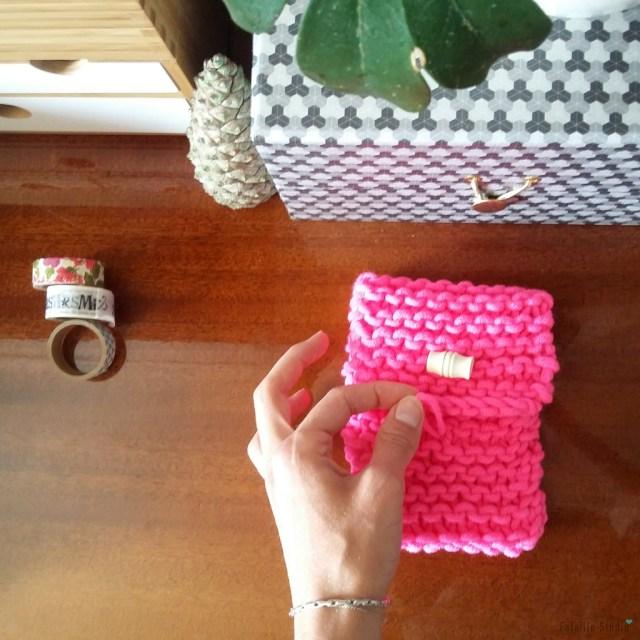 Pochette tricotée pour Iphone