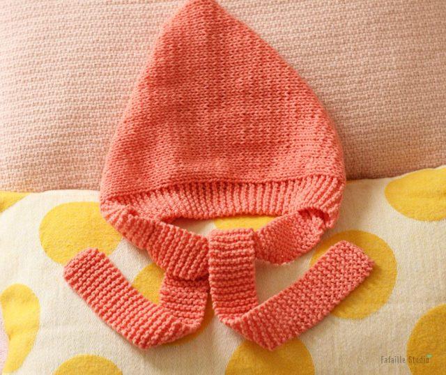 Tricoter béguin rétro