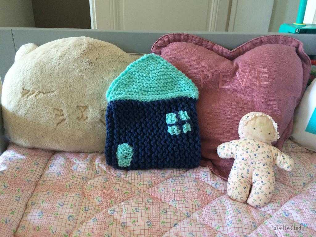 Une nouvelle maison - Tuto tricot du range pyjama !