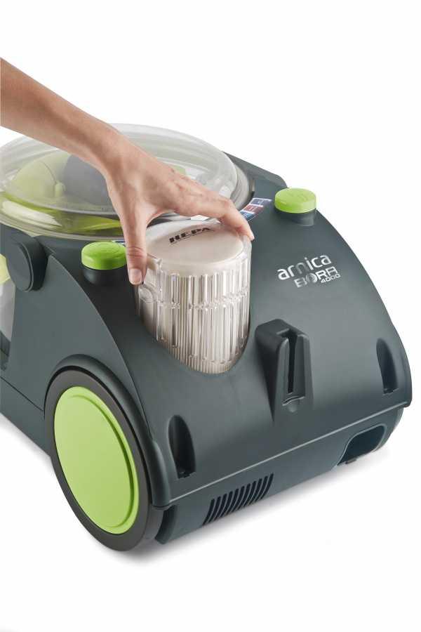 Usisivač sa vodenim filterom - Bora 4000 6