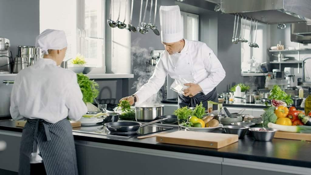 Set posuđa od INOX-a 12/1 - DUX kuhinja
