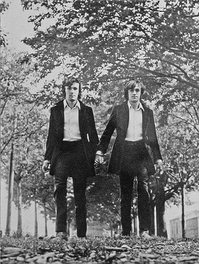 """Alighiero Boetti photographed himself twice in """"Twins"""" (1968)"""