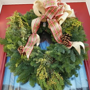 """22"""" Wreath with Bow"""