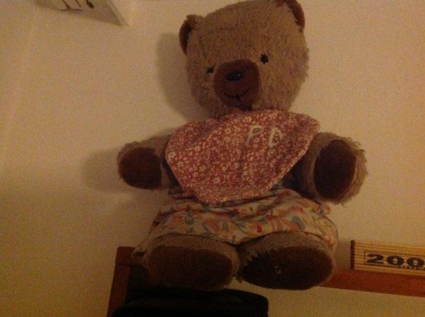 Alter, trauriger Teddy