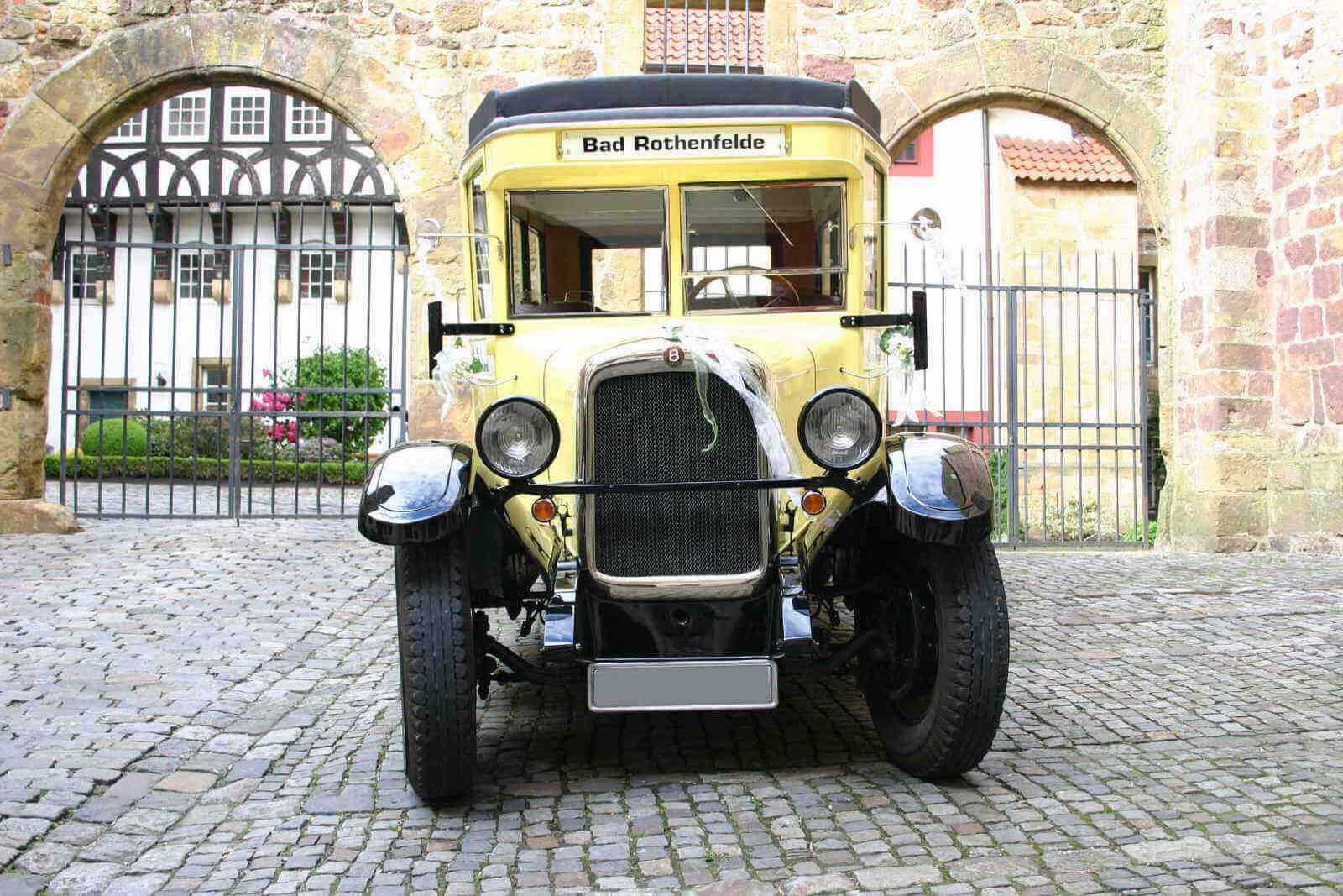 Brennabor-Oldtimer-Bus_1-1