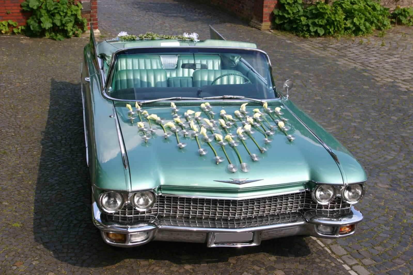 Cadillac de Ville Heckflossen-Cabriolet Oldtimer mieten