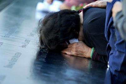 Americans-pause-to-remember-Sept-11-2001