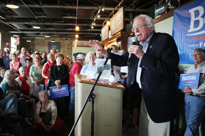 Le NYT rapporte de grandes foules pour Sanders dans l'Iowa - mais n'est-il pas «non sélectionnable»?